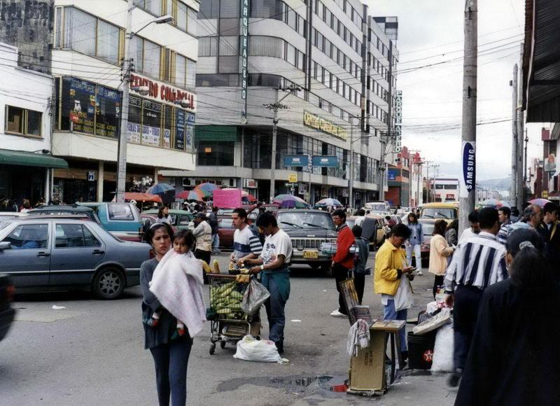 San Andrezito, a 25 de março deles, o comércio popular