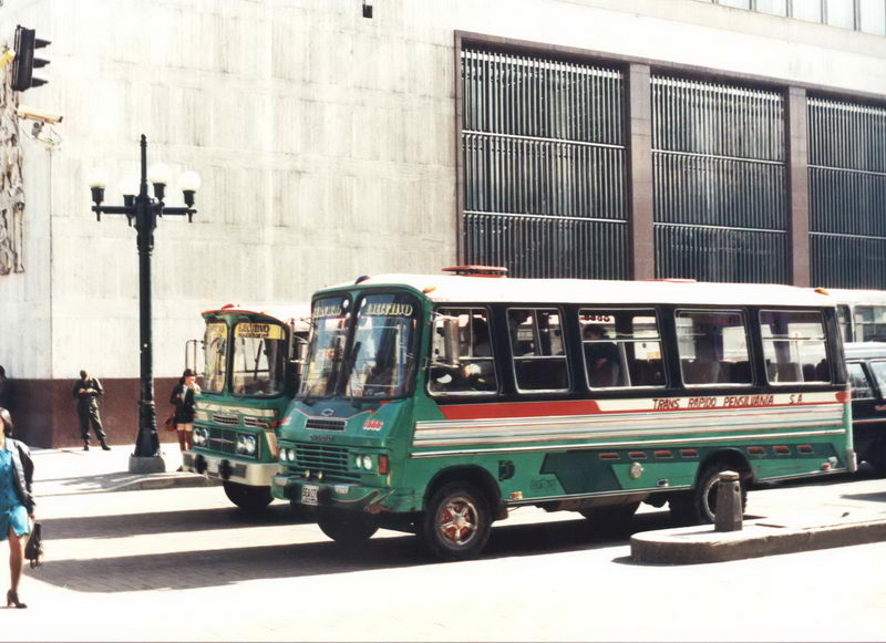 Os ônibus são todos diferentes entre si